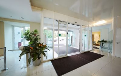 automatic doors commercial